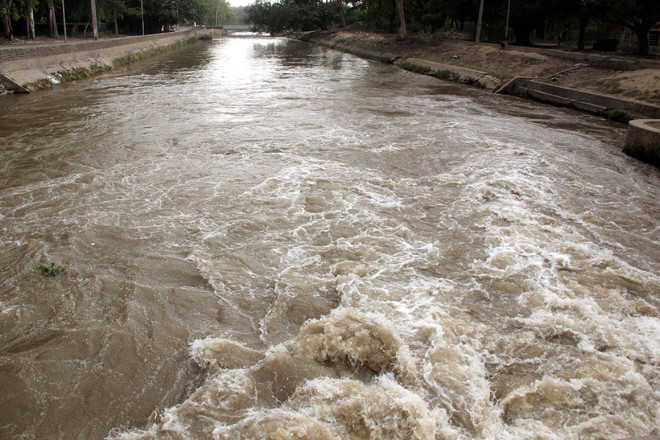 Finally, water released from Sirhind Canal after 10 days