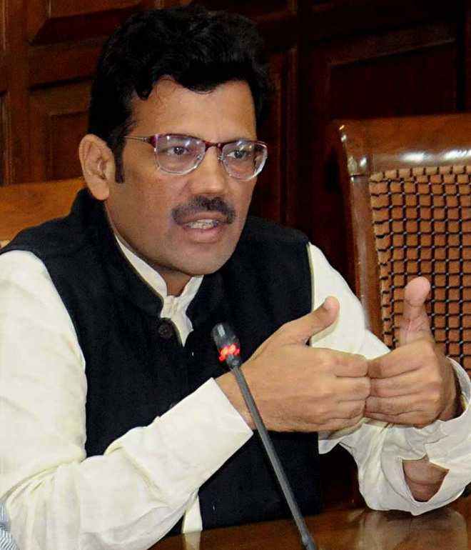 Sharma supports CM's demand for drug policy