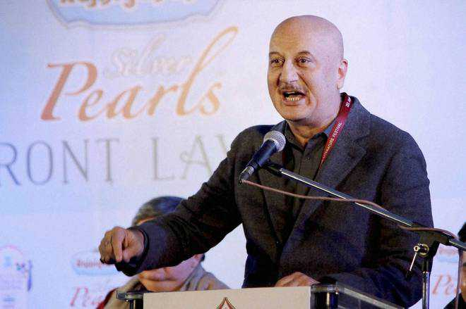 Kher speaks about cinema at Oxford