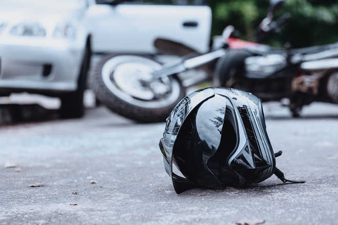 Injured biker dies at PGI