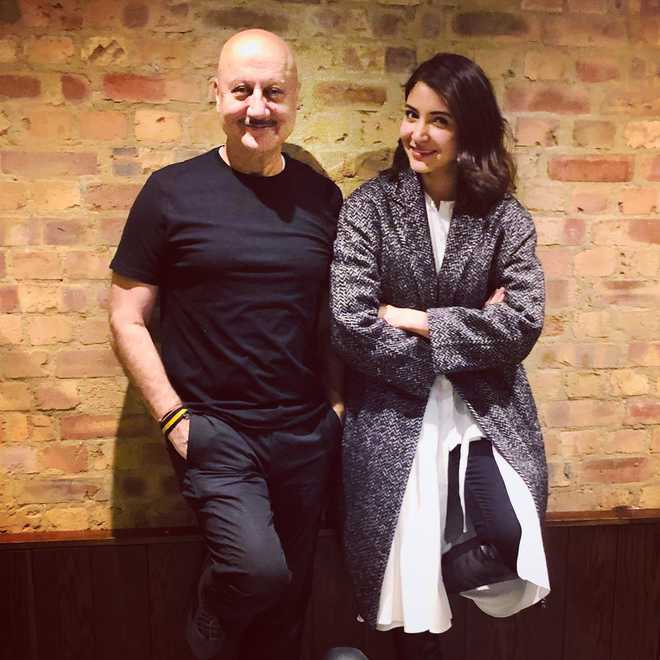 Anupam Kher meets Anushka Sharma in London, says admires her 'cool attitude'
