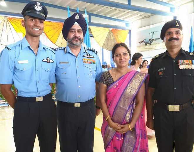 IAF chief presents his 'wings' to top cadet at Hyderabad academy
