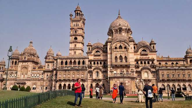 The colossal structures of Vadodara
