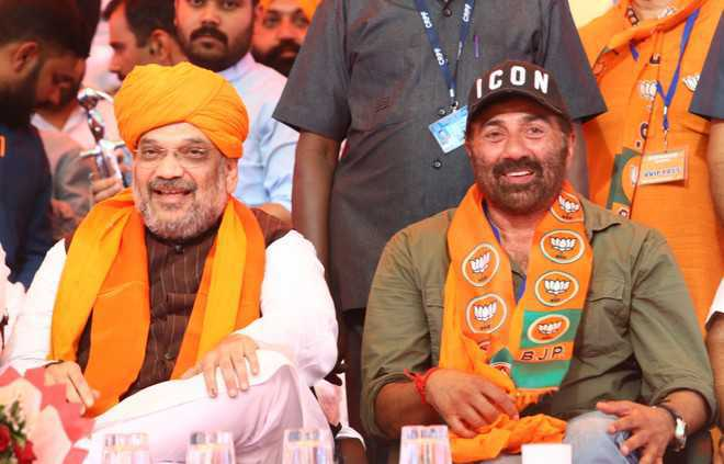 Release Rs 132 crore for bridge construction: Deol to Gadkari