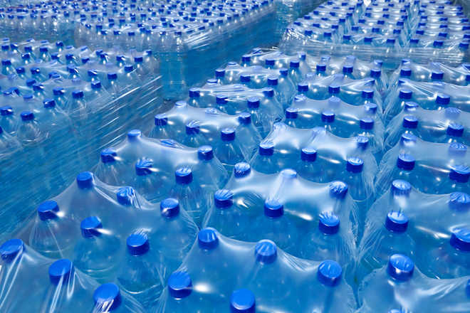 Packaged or mineral water, choose wisely