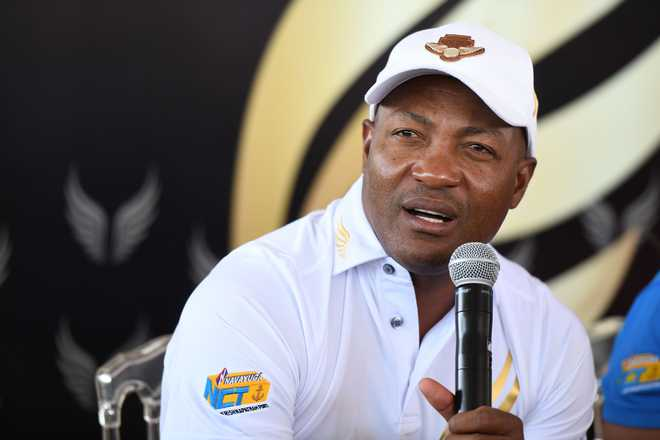 Brian Lara recovers from chest pain, discharged from Mumbai hospital