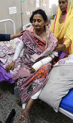 2 women hurt as cooking gas pipe explodes