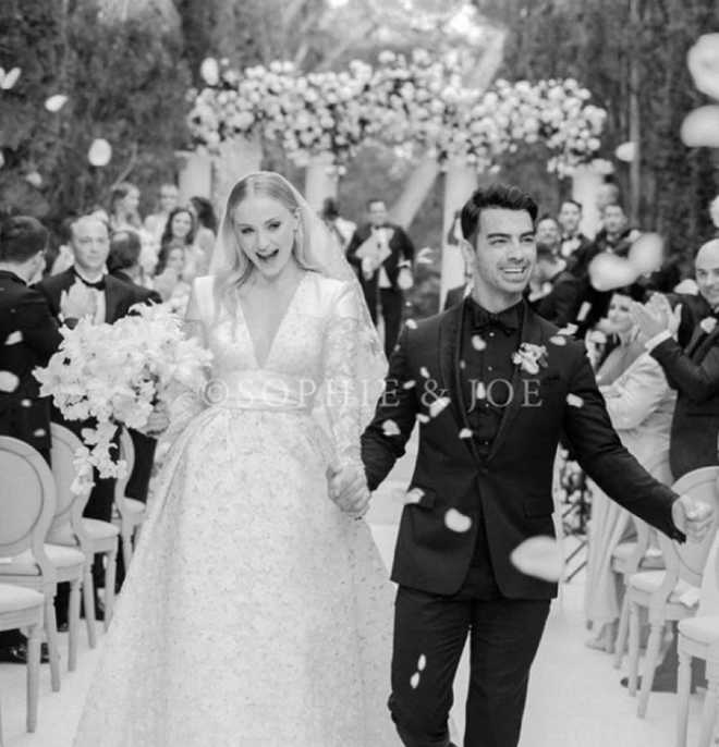 Official Wedding Photos.Mr And Mrs Jonas Joe Shares First Official Wedding Picture