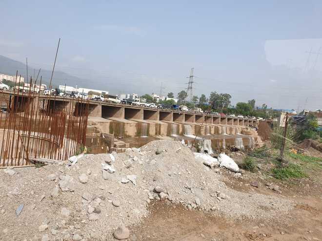 Rain fury: Baddi-Barotiwala bridge shut for heavy vehicles