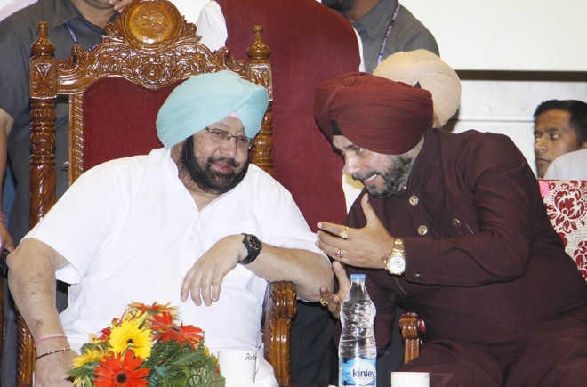 Power situation precarious, can't help if Sidhu doesn't want to do his job: Capt