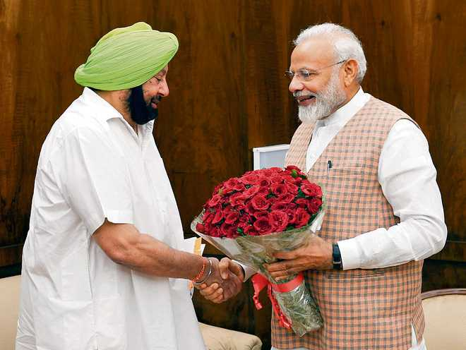 Sidhu shying away from responsibility, says Capt