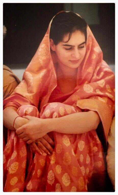 Priyanka Gandhi shares old wedding pic for SareeTwitter; followers get her wrong