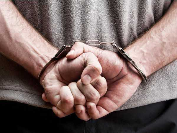 Man  held for snatchings, robberies