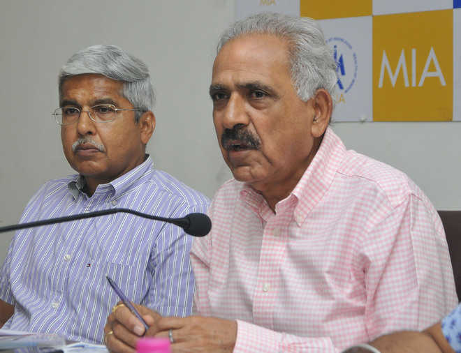 Mohali bizmen propose self-help to end civic woes