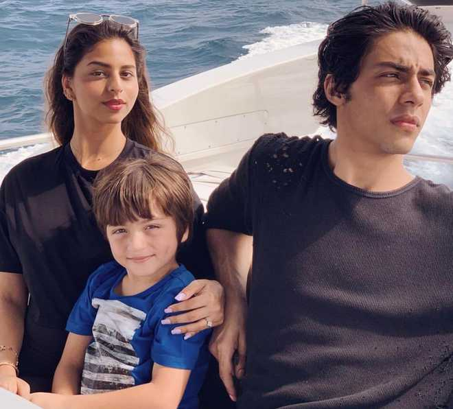 Gauri Khan shares image of her ''three little hearts'' from Maldivian vacation