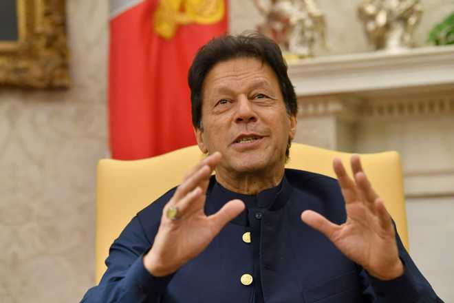 Imran hails Trump offer; says Kashmir won't be resolved bilaterally