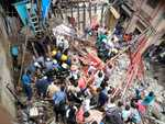 2 killed, over 40 feared trapped as Mumbai building collapses
