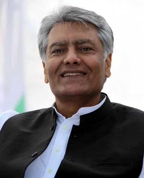 Jakhar takes on colleagues going against party stand