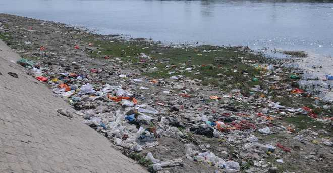 Polluting Yamuna: Defiance to invite legal action