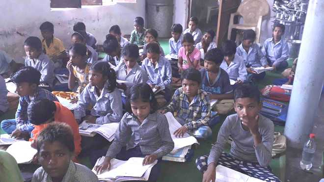 10 years later, Palwal village school without building