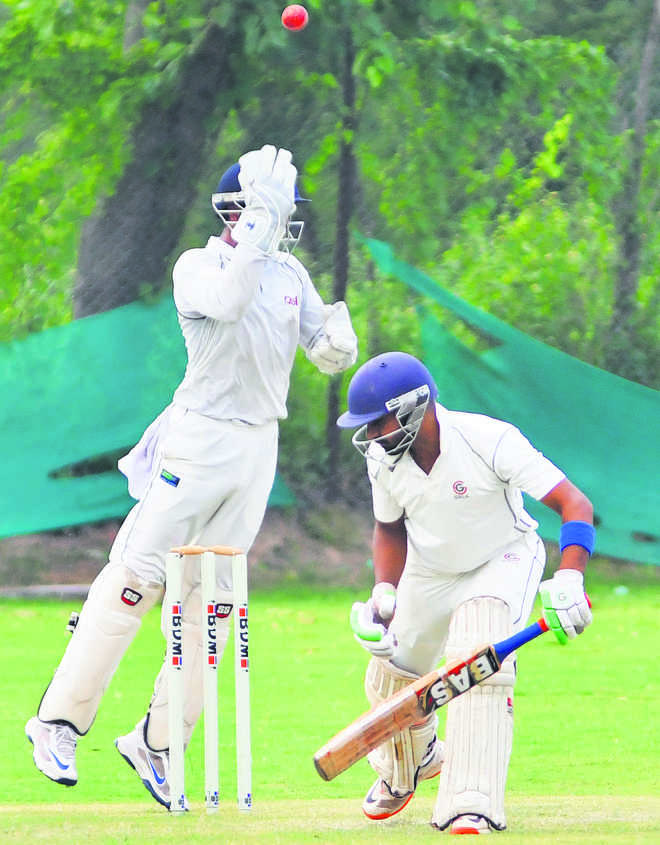 Parvesh steers city boys to victory