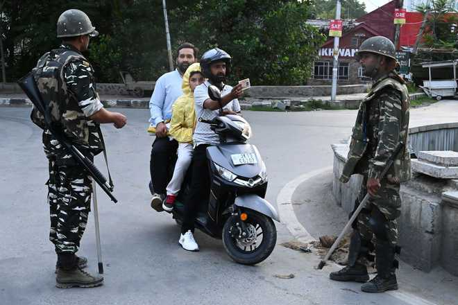 J&K Principal Secy hopes restrictions will ease in J-K after I-Day rehearsals
