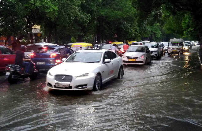 55-mm rain brings Gurugram to a halt