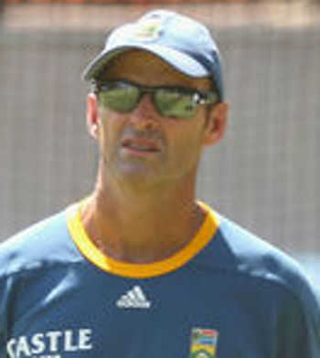 Faf ousted, de Kock to lead Proteas in T20s on India tour