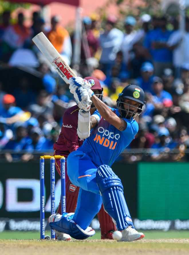 Dhawan, Pant face the heat