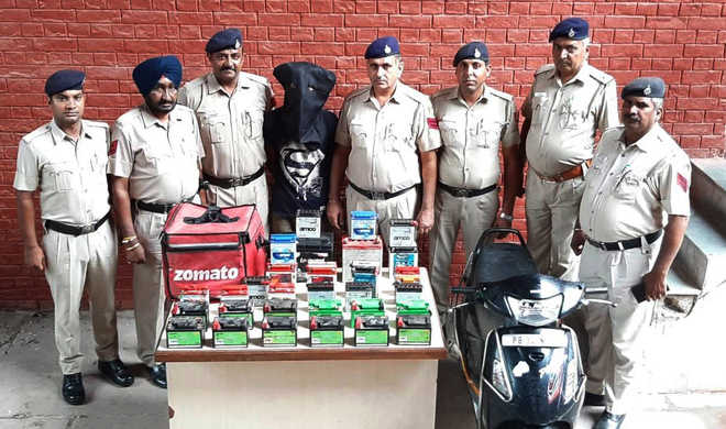 Kharar resident held with stolen batteries