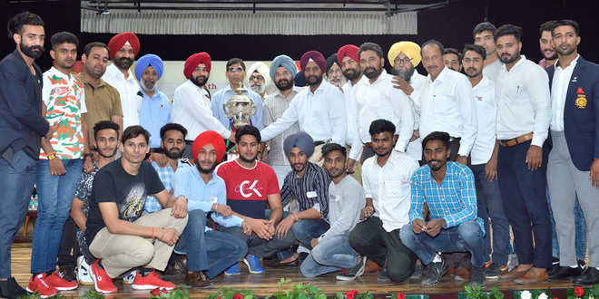 Lyallpur college win overall sports trophy