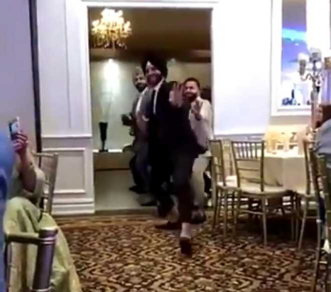 Sikh men 'Bhangra' their way into wedding; video goes viral