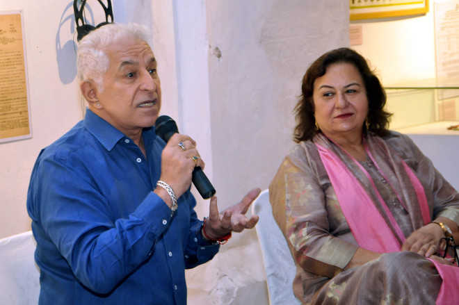 Proud of my Sindhi roots, says actor Dalip Tahil