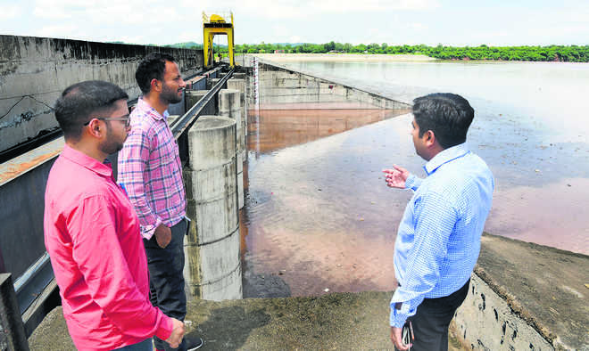 Kaushalya Dam water level nears the danger mark