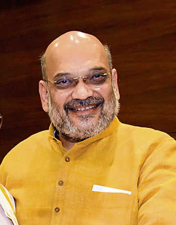 Shah to meet Naxal-hit states' CMs
