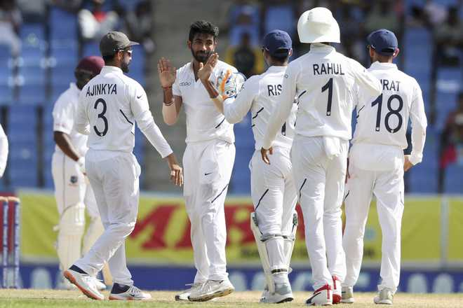 India 14 for no loss in 2nd innings at lunch on day 3