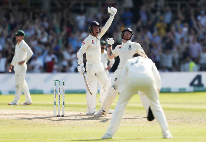 Stokes stars as England beat Australia by 1 wicket to win third Ashes Test