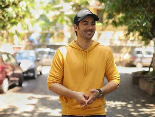 Are you really Sunny Deol's son, you can't even fight back: Karan Deol on being bullied in school