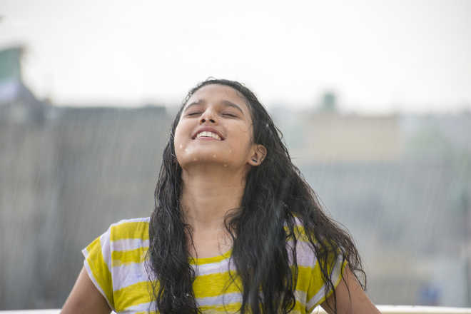 Take care of your skin in the rains