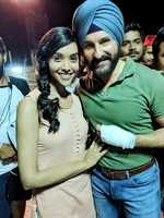 Anupriya is all praise for Saif