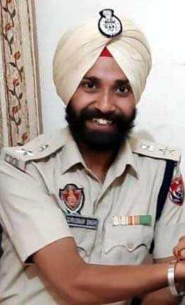CIA-II nabs fake IPS officer