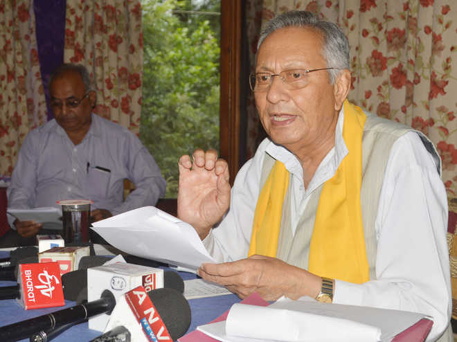 Virbhadra spent Rs 111 cr on helicopter rides: Mankotia