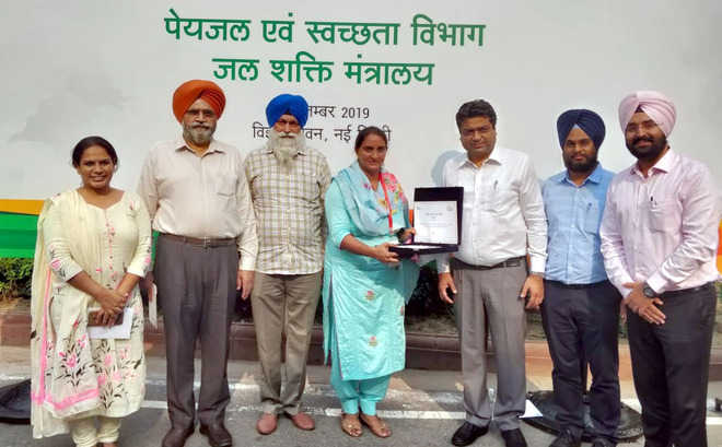 Attari village sarpanch gets national award