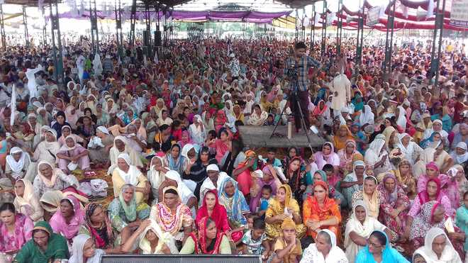 Farmers , workers hold rally in support of their demands