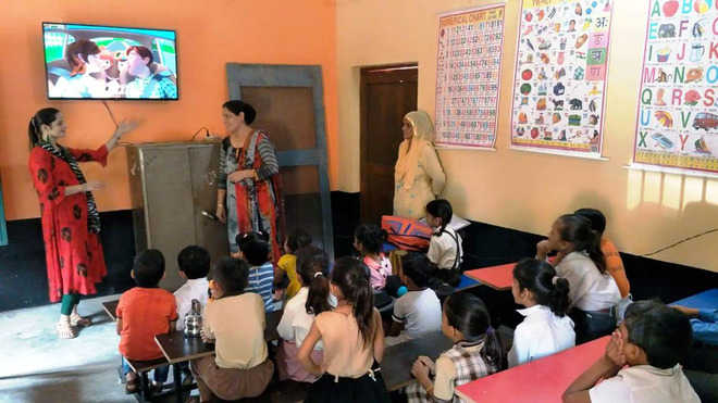 Nurpur school turns 'smart' with community participation