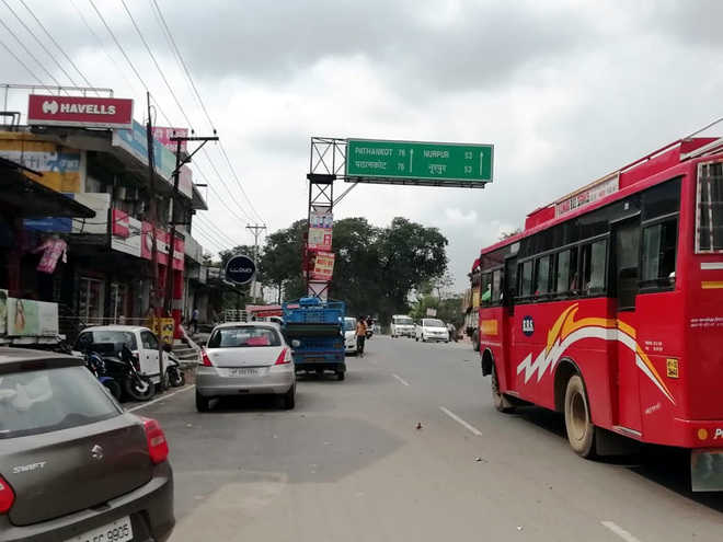 Pathankot-Mandi road fourlaning stuck in red tape