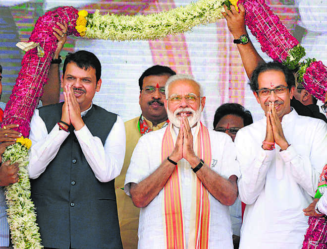BJP, Shiv Sena ready contingency plans to go solo in Maharashtra