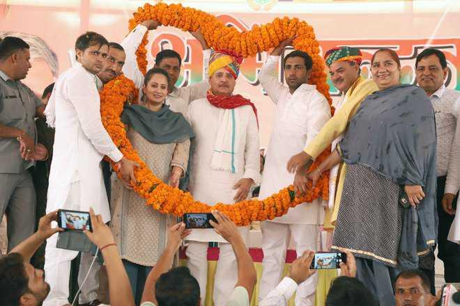 Rao heaps praise on Khattar for 'unbiased development'