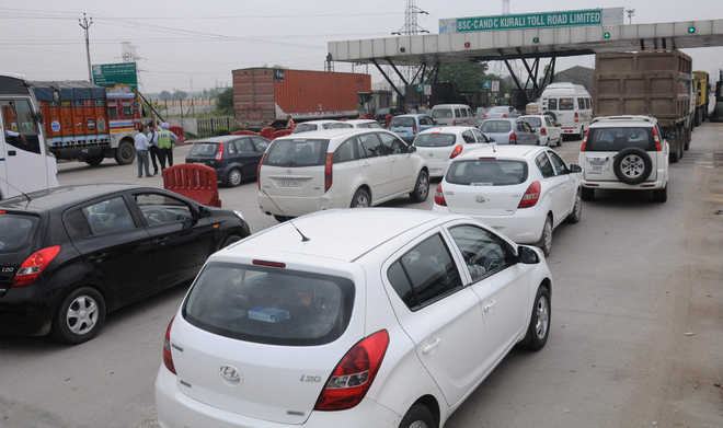Toll plaza firm penalised Rs 30 cr for poor maintenance of road