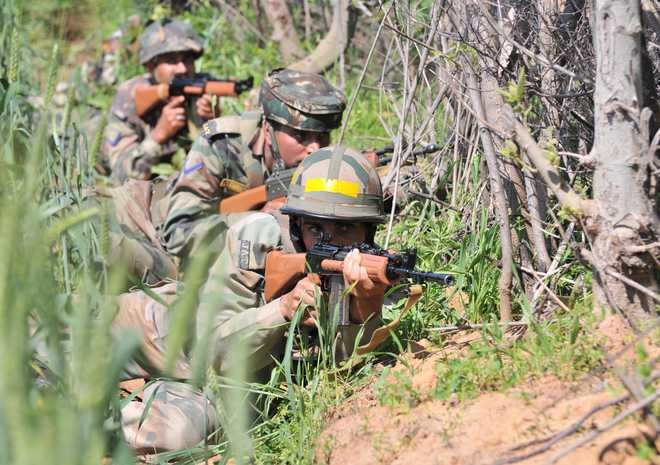 Pak troops shell security posts, villages along LoC in J-K's Poonch
